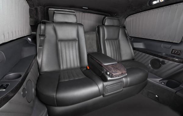 Mercedes Benz Viano Necessary Minimalism