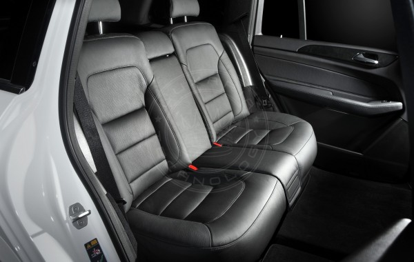 Mercedes Benz GLS X166 Black Couch
