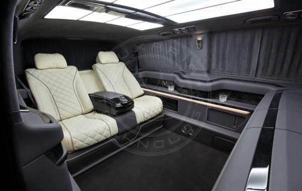 Mercedes Benz V class Everest 44