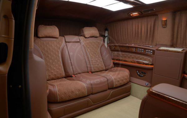 Mercedes Benz V class Mont Blanc 89