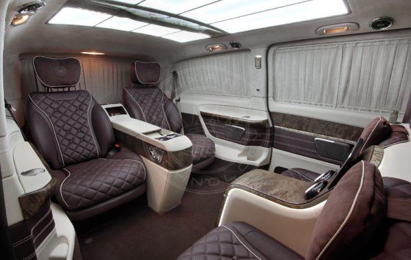 Mercedes Benz V class Dome du Gouter 93