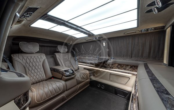 Mercedes Benz V class Everest 138