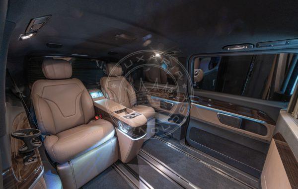 Mercedes Benz V class Mont Rose 154